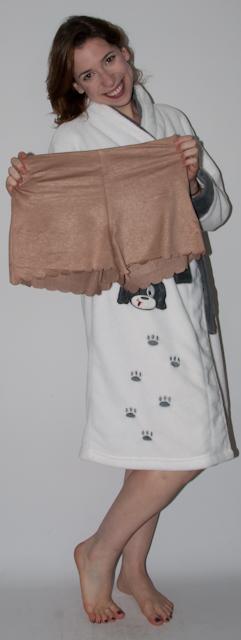 Look do dia: como usar short com meia-calça, preto com marrom. blog de moda short de camurça