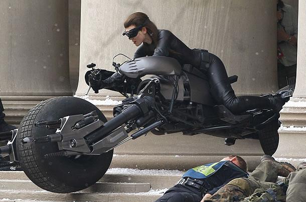 anne hathaway mulher gato batman - o cavaleiro das trevas ressurge