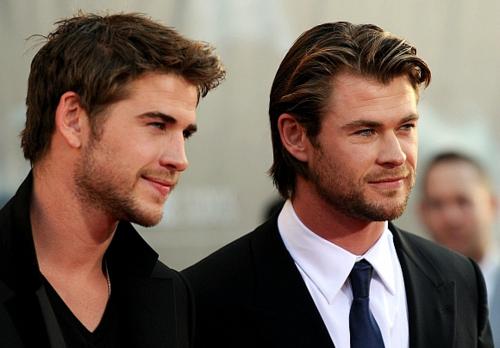 Esquentou! Irmãos Hemsworth