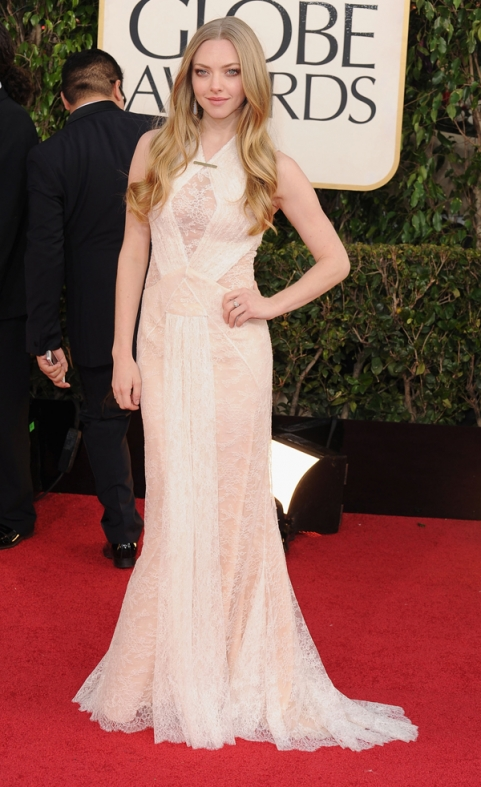 Tapete Vermelho Golden Globes 2013 - Amanda Seyfried - Givenchy - blog de moda