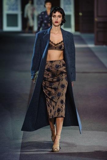Desfile Louis Vuitton - Paris Fashion Week RTW 2013 - notícias de moda