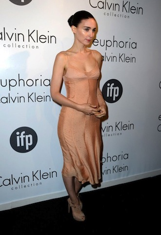 looks das famosas: look rooney mara calvin klein blog de moda
