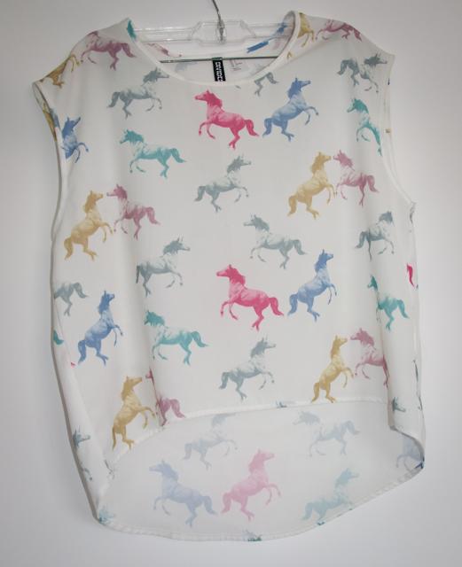look do dia com blusa estampada e blazer - blog de moda