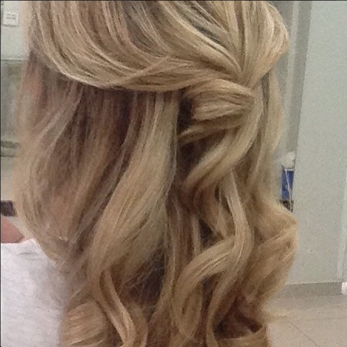 cabelereira especializada em loiras