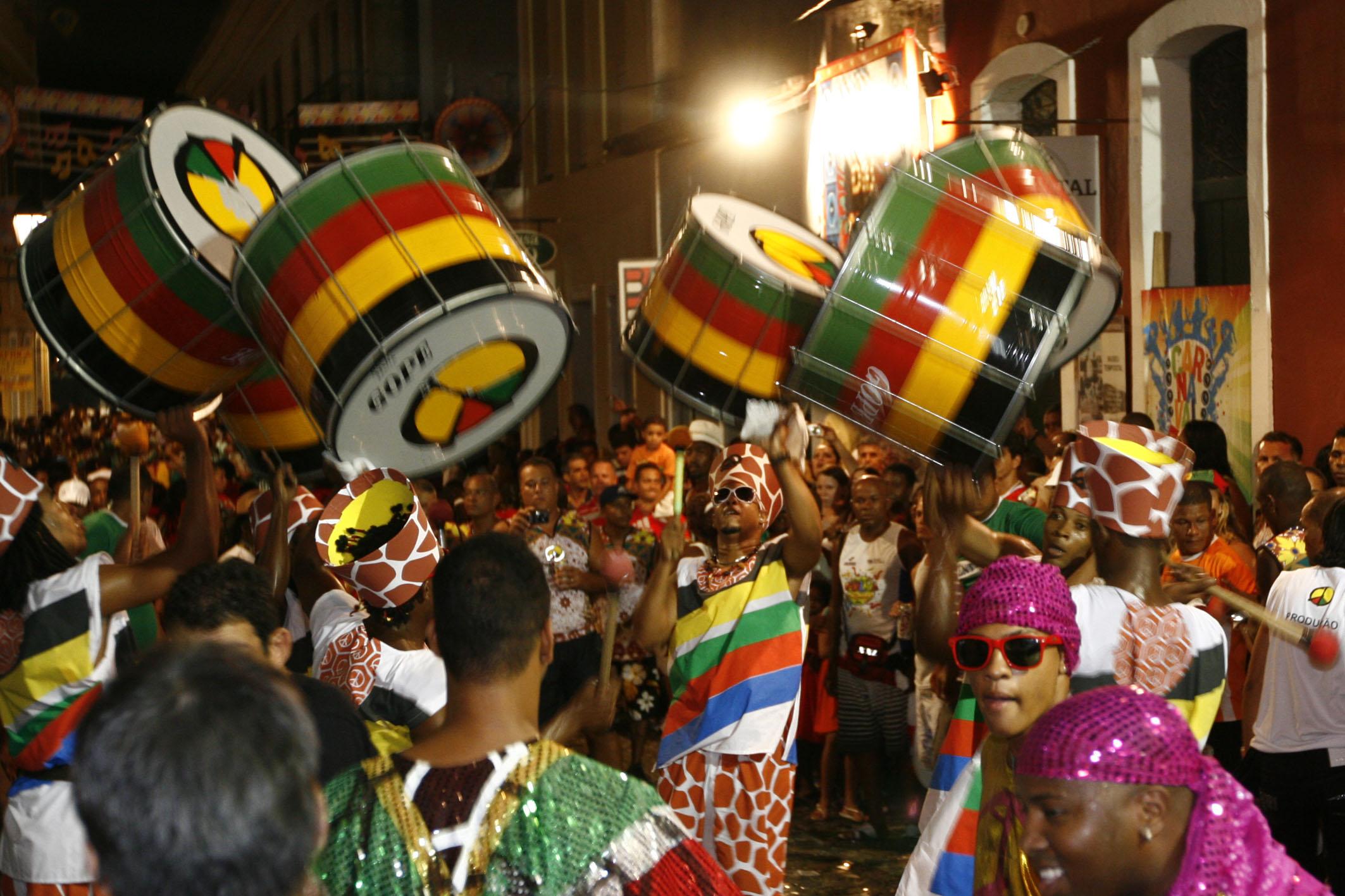 Carnaval 2010 - segundo dia de festa no circuito batatinha no Centro Historico de Salvador Na foto: Foto: Roberto Viana/AGECOM